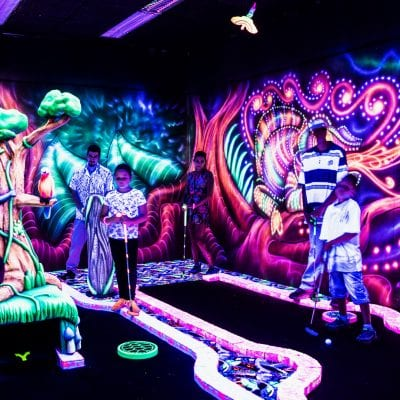 GlowGolf Augsburg indoorGAMES